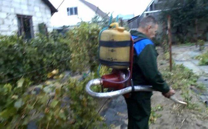 Самодельный садовый опрыскиватель на базе пылесоса «Тайфун» - YouTube